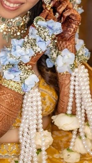इन दुल्हनों ने अपनी शादी में पहने फ्लोरल कलीरें