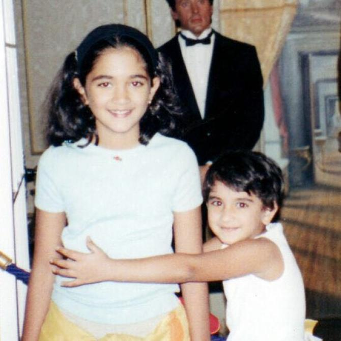 Radhika Merchant looked like this in childhood, this beautiful and unseen picture came out Funny Jokes