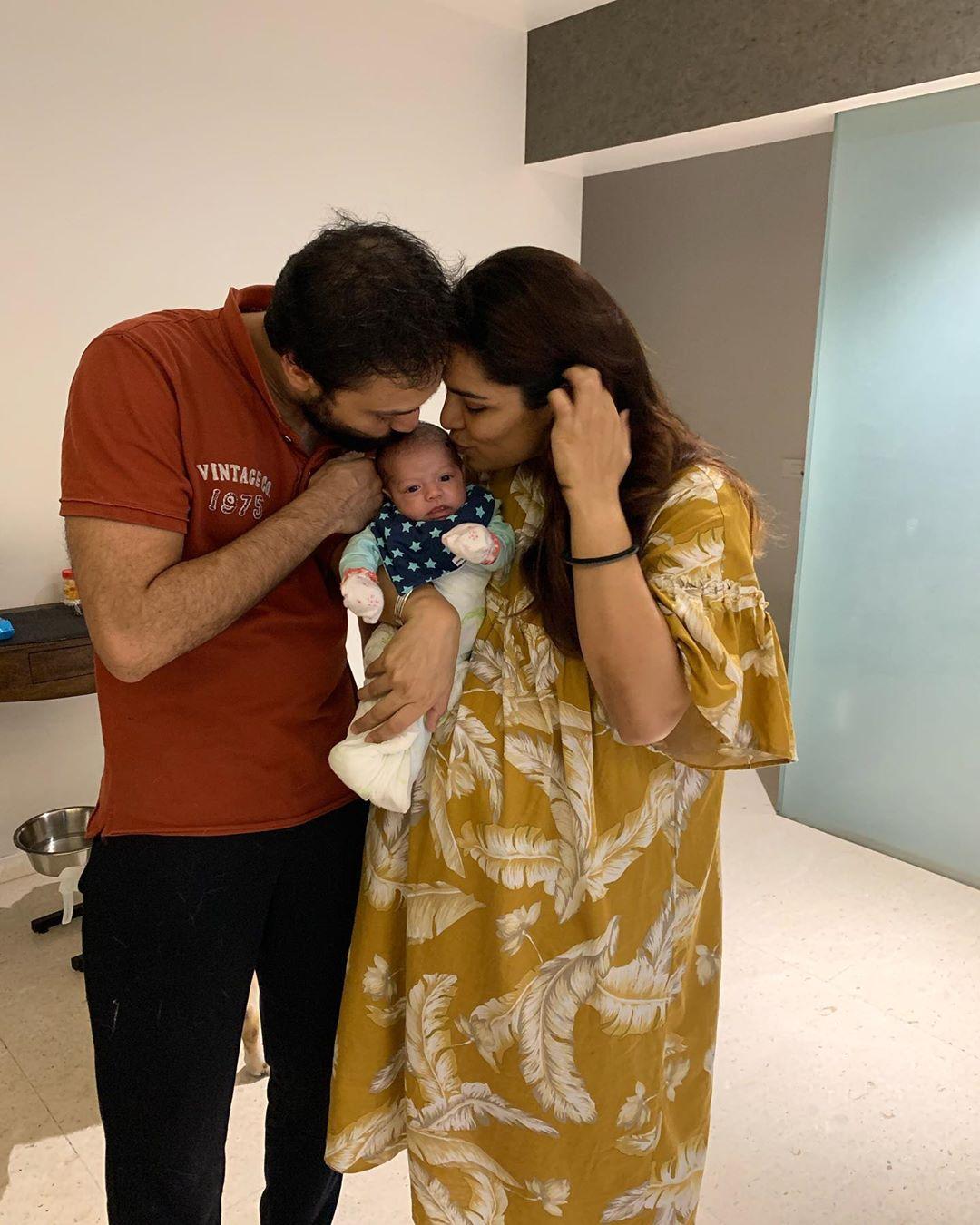 Shikha Singh Family