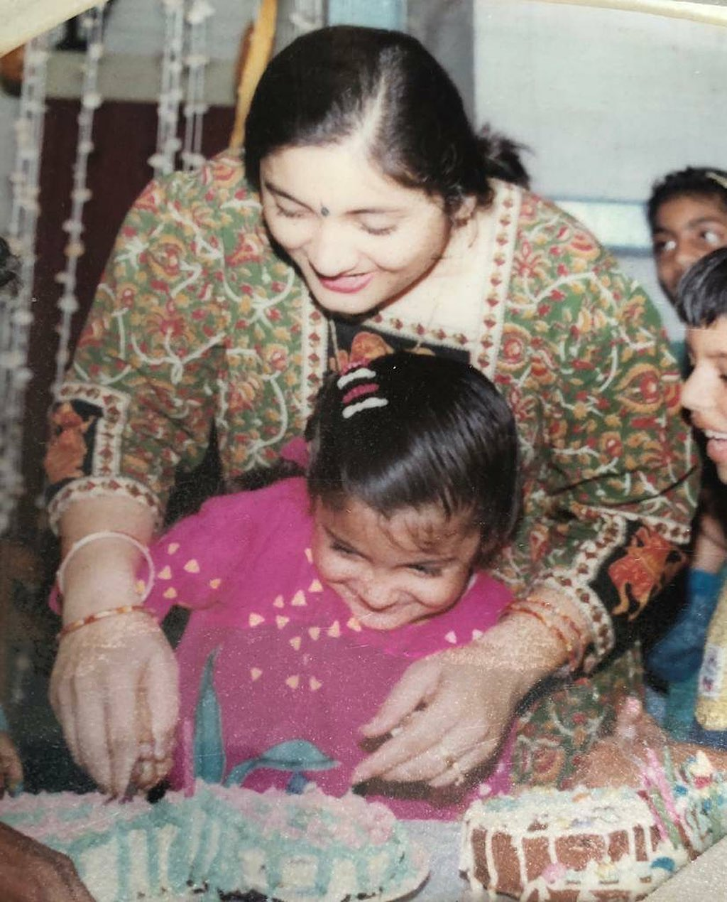 Anushka Sharma With Mother