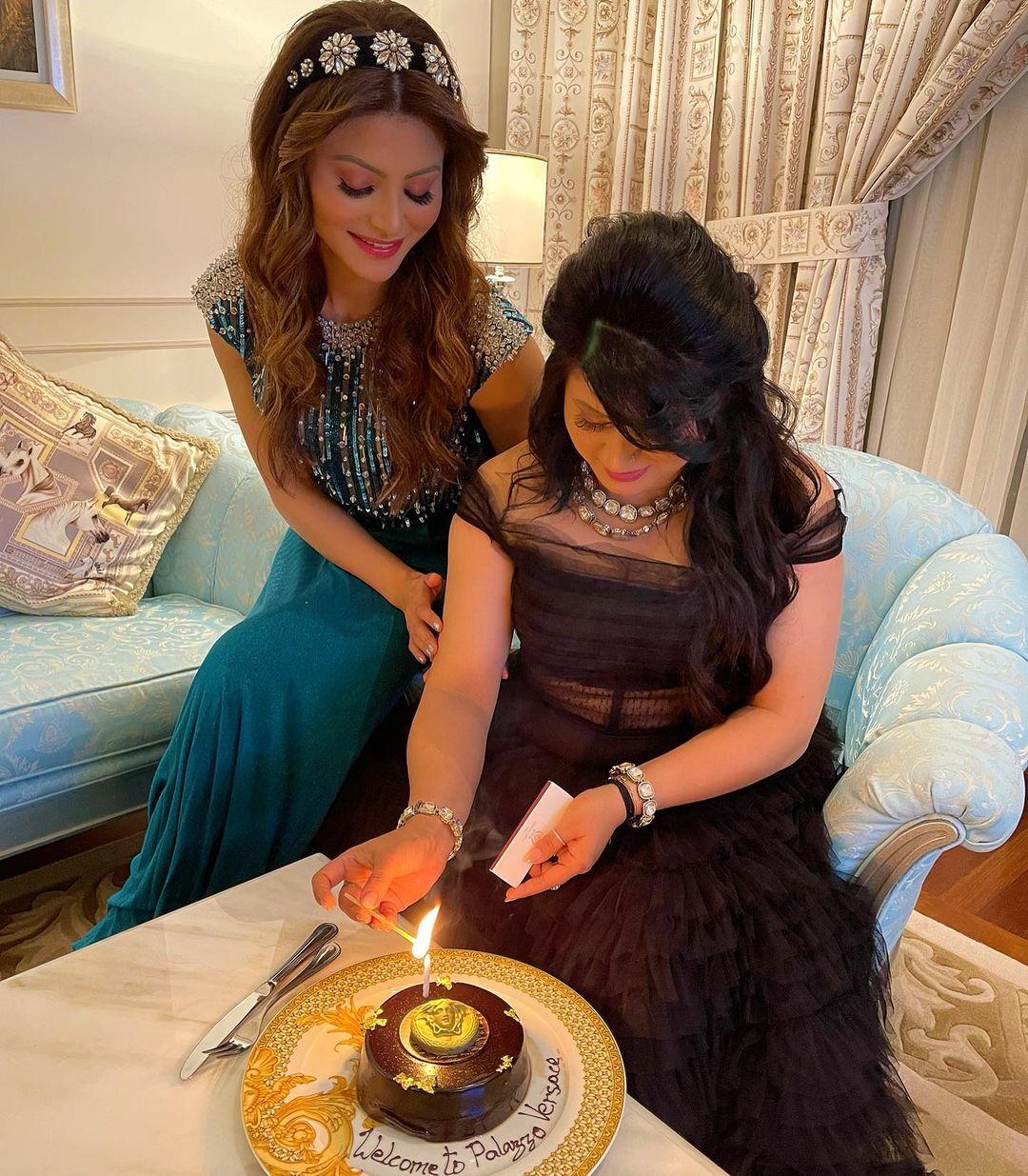 urvashi rautela mother birthday