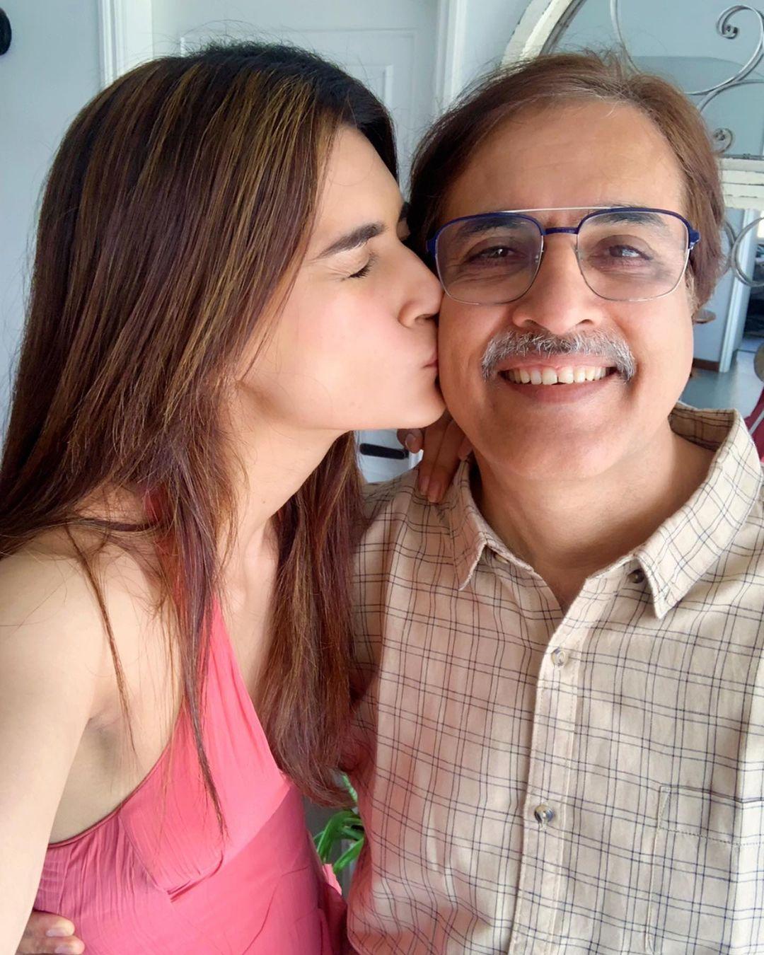 kriti and rahul sanon