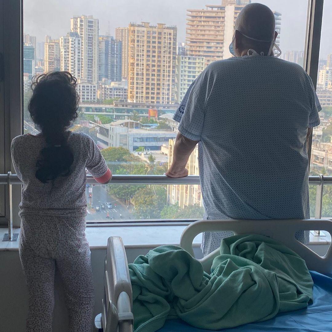 satish kaushik with daughter