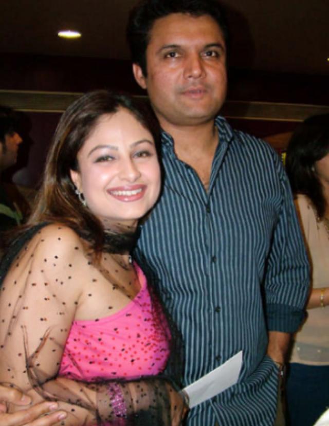actress Ayesha Jhulka