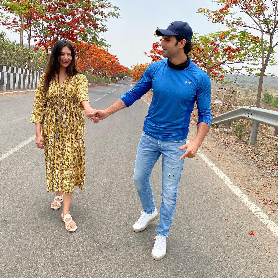 Divyanka Tripathi Dahiya With Husband Vivek