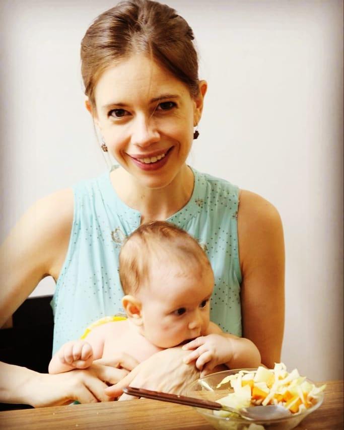 Kalki Koechlin with daughter
