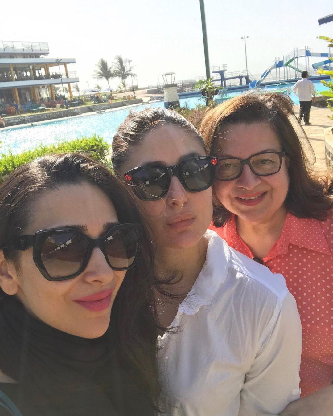 karisma kapoor with babita kapoor and kareena kapoor khan