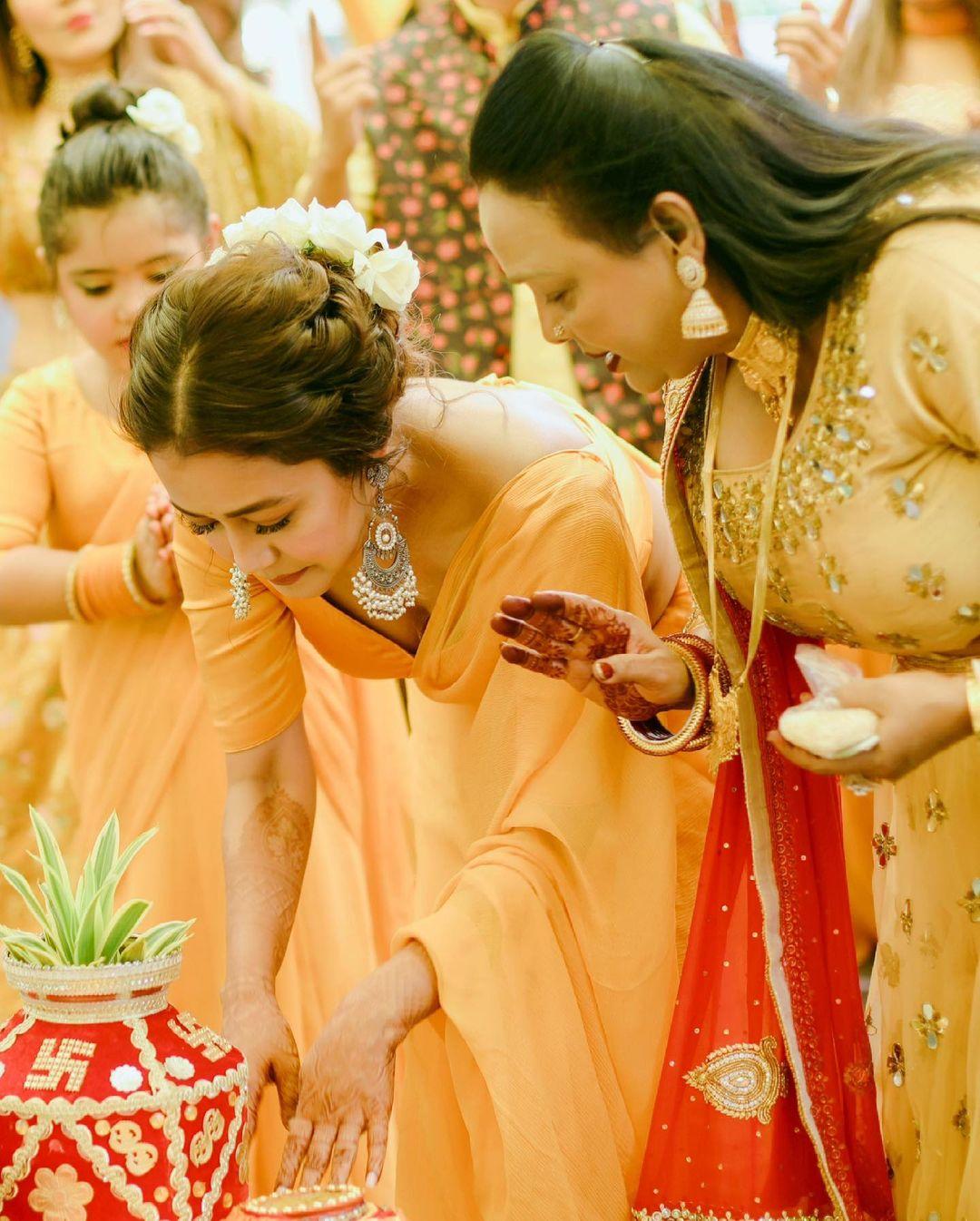 neha kakkar haldi ceremony
