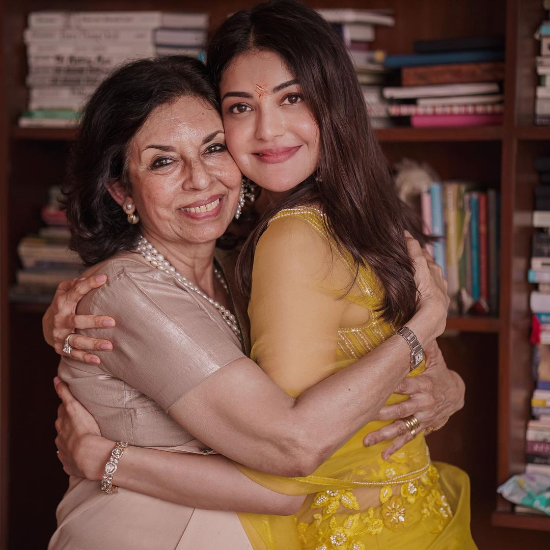 kajal aggarwal with mother in law