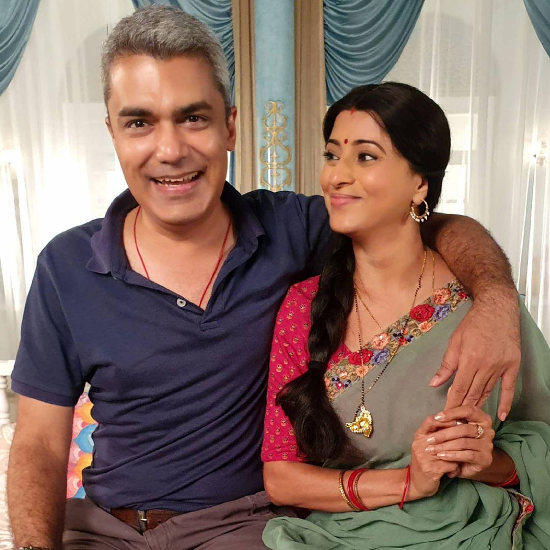 reena kapoor with husband karan