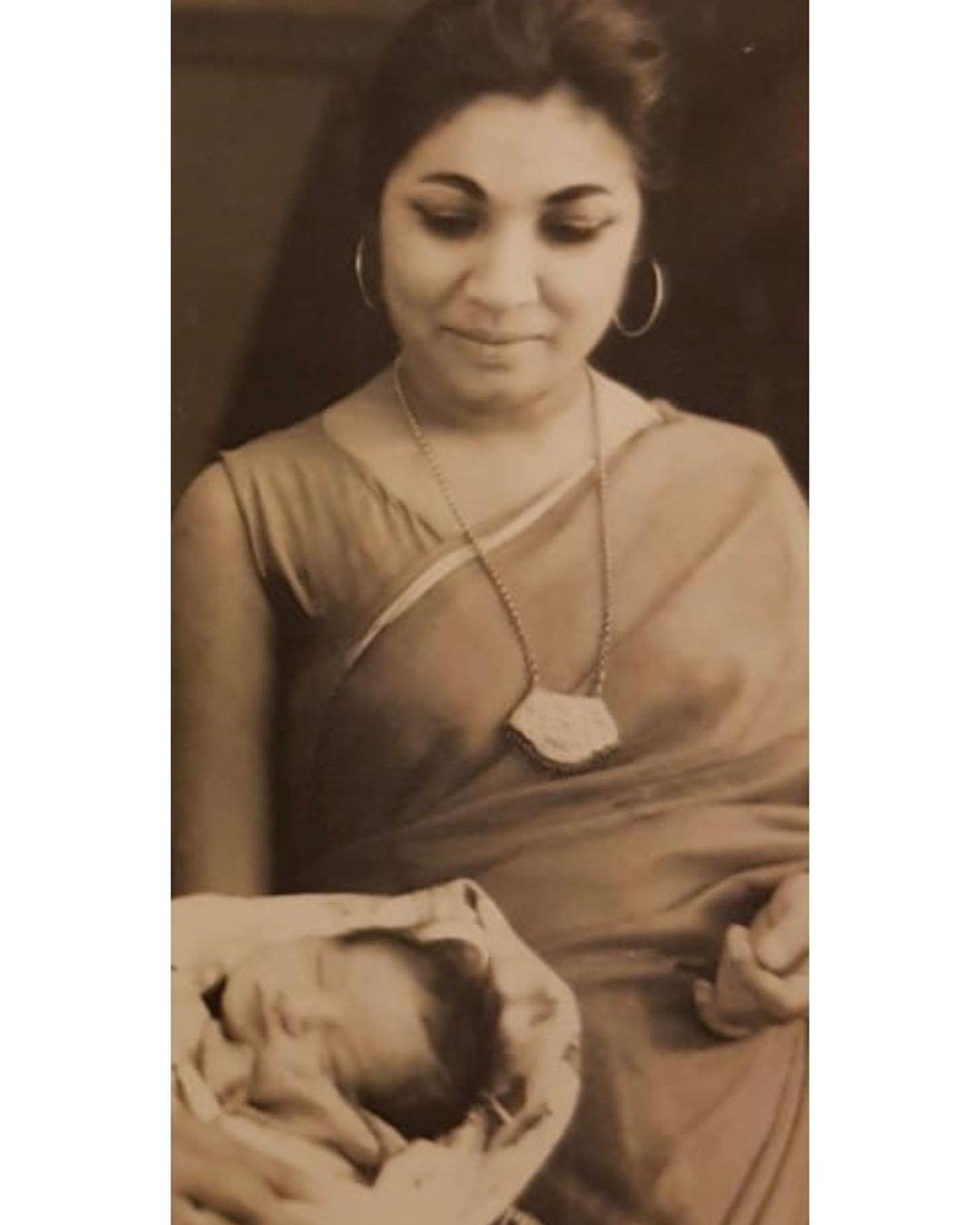 raveena tandon mother veena