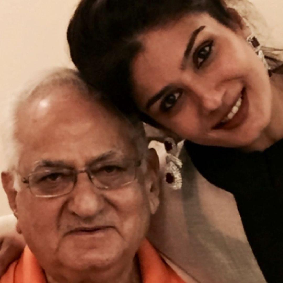 raveena with father