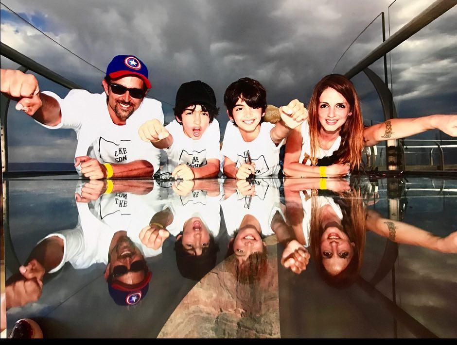 Sussanne Khan family