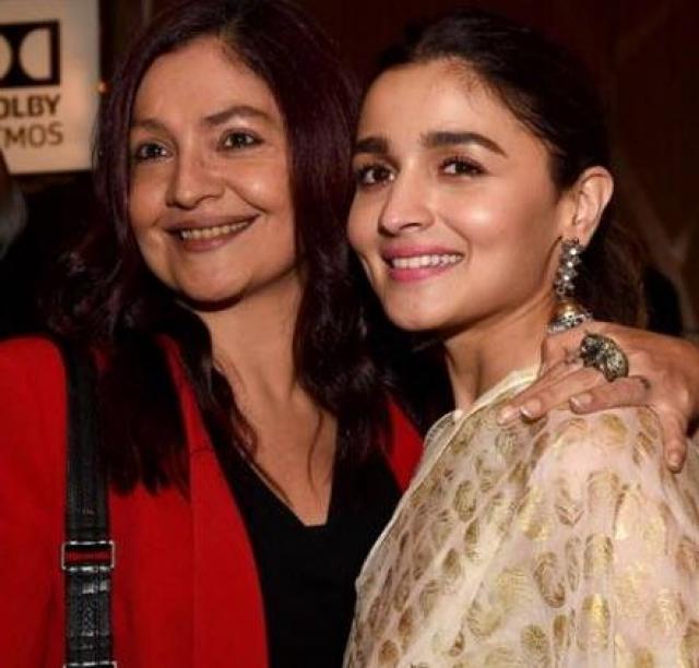 pooja bhatt and alia bhatt relationship
