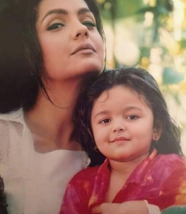 Alia Bhatt Statement On being daughter of Pooja Bhatt rumours