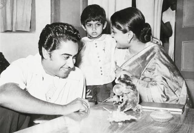 Kishore Kumar, Ruma Guha Thakurta and Amit Kumar