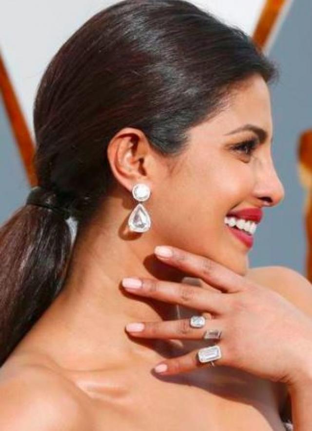 Priyanka's Lorraine Schwartz earrings