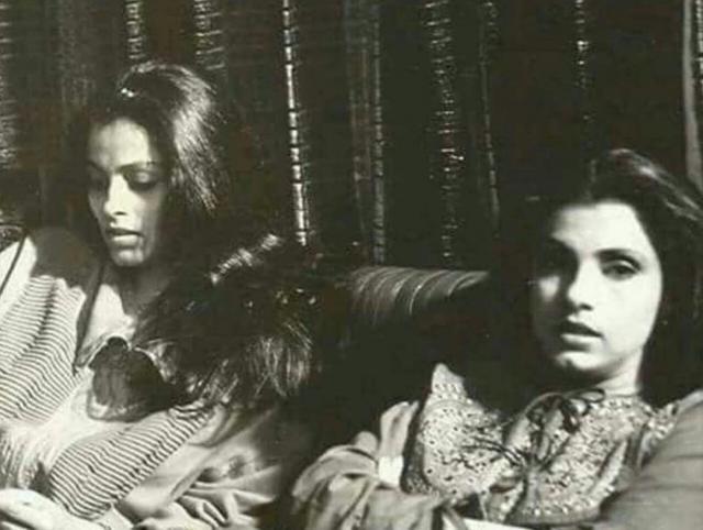 Dimple Kapadia and her sister Simple Kapadia