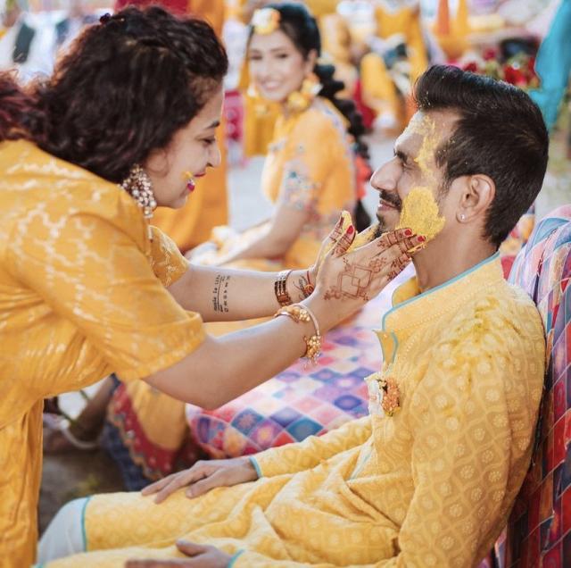 sindhi wedding haldi ceremony