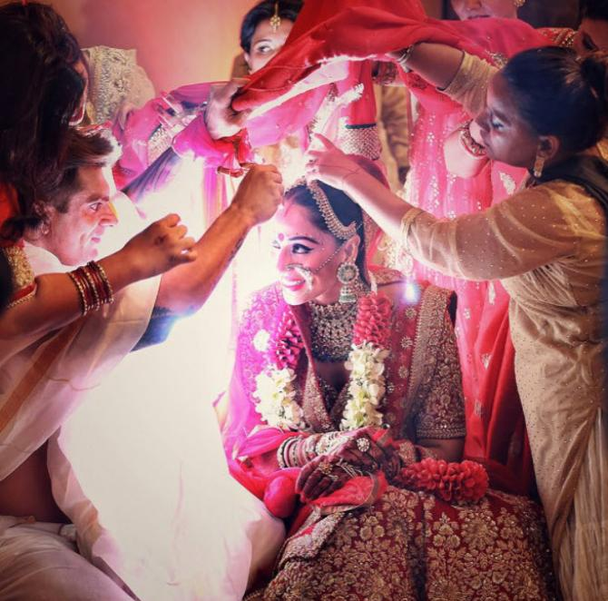 Bipasa basu Bengali Wedding