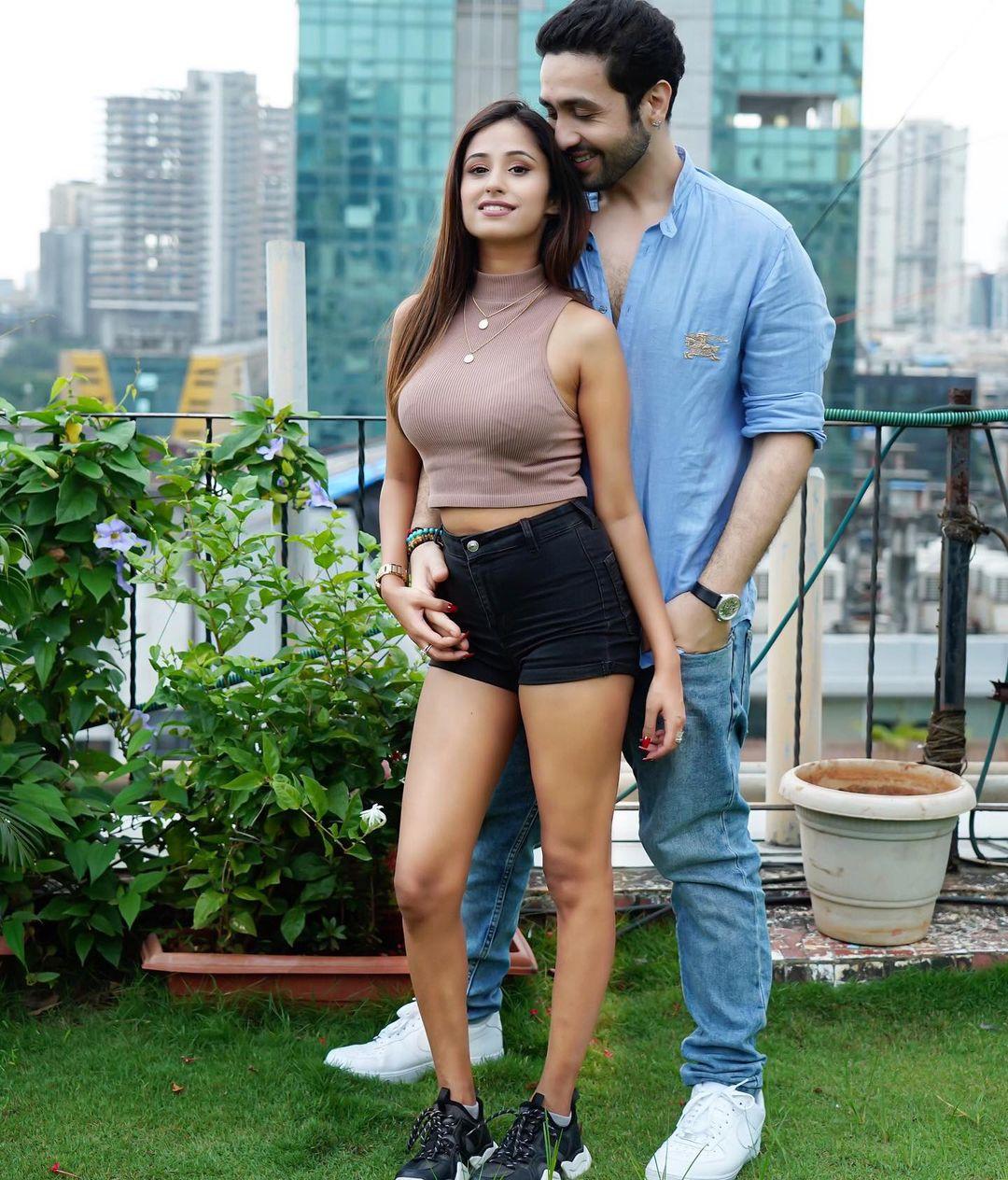Maera Mishra and Adhyayan Suman photos