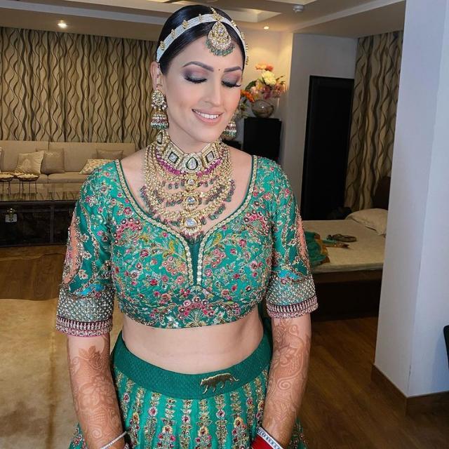 Sabyasachi Bride Harinsy Kaur bridal outfit