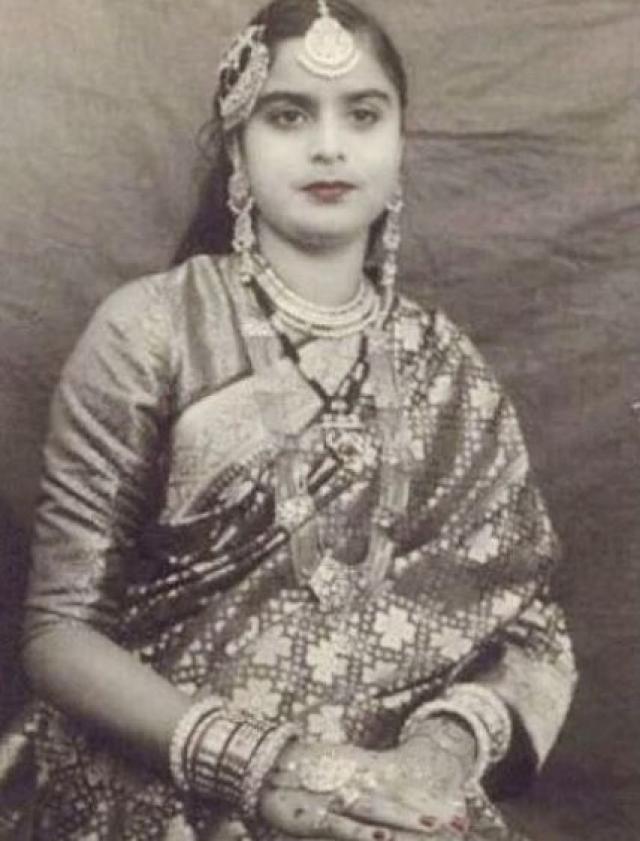 Shahrukh Khan Mother