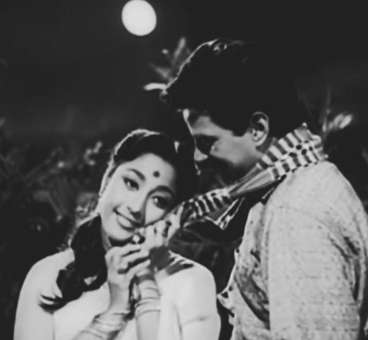 Dharmendra With Mala Sinha In Film Anpadh