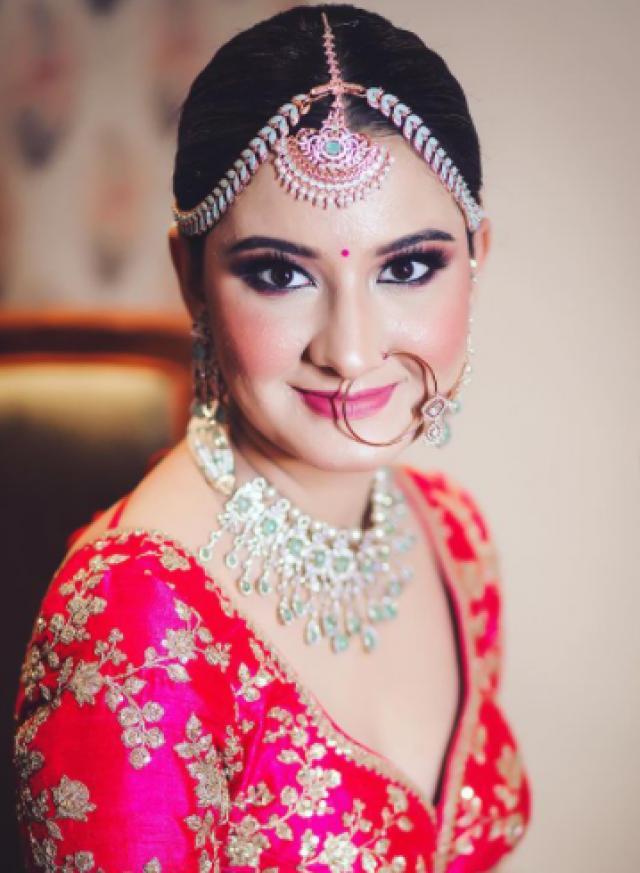 Sabyasachi Mukherjee bride