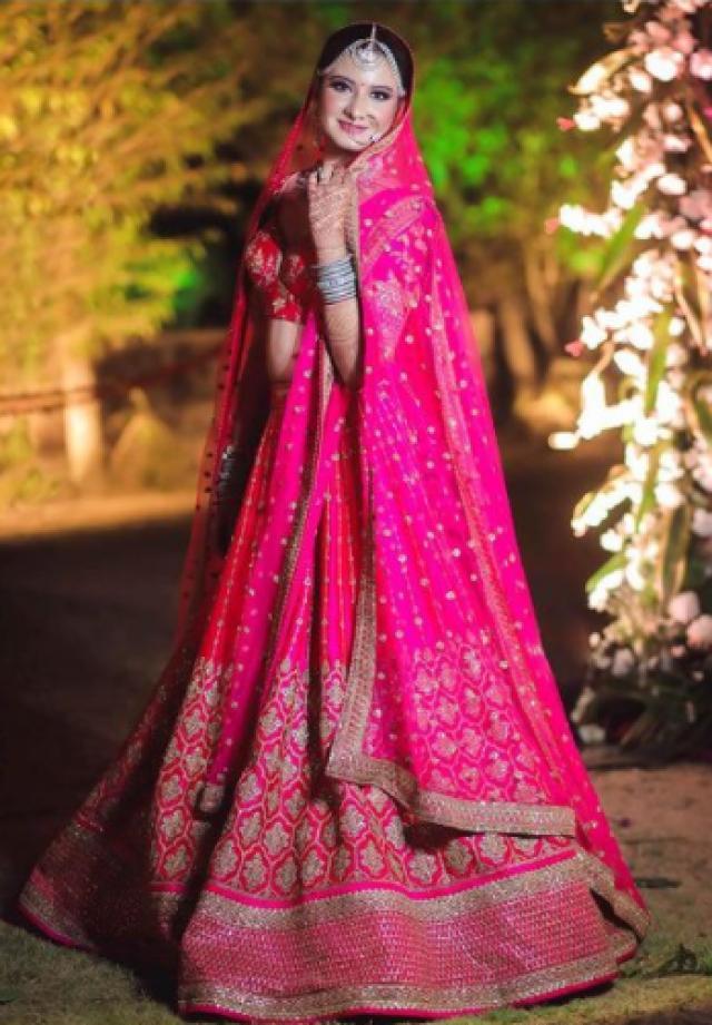 Sabyasachi Mukherjee bridal outfiit price