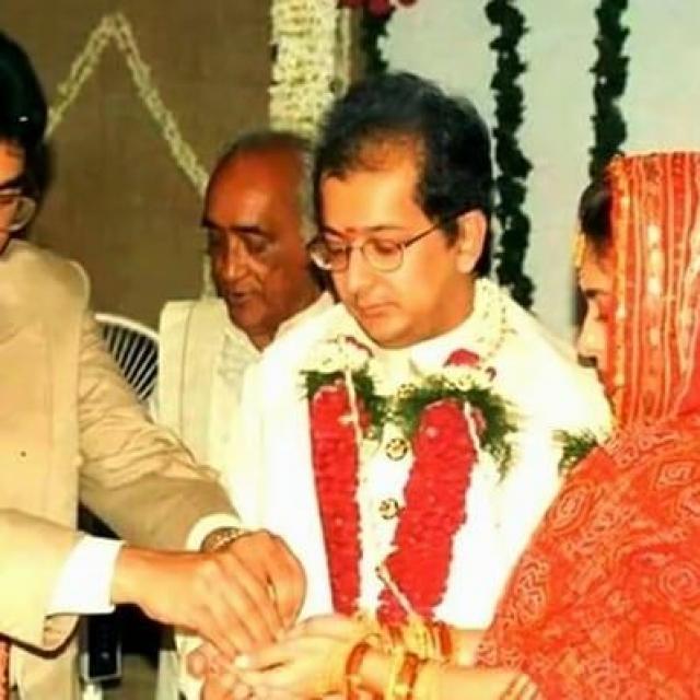Juhi Chawla And Jay Mehta Marriage Photo