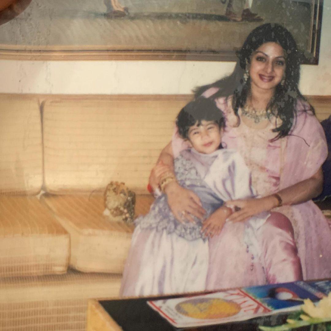janhvi kapoor and sridevi childhood