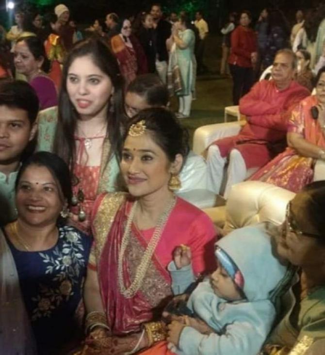 Disha Vakani With Daughter Stuti