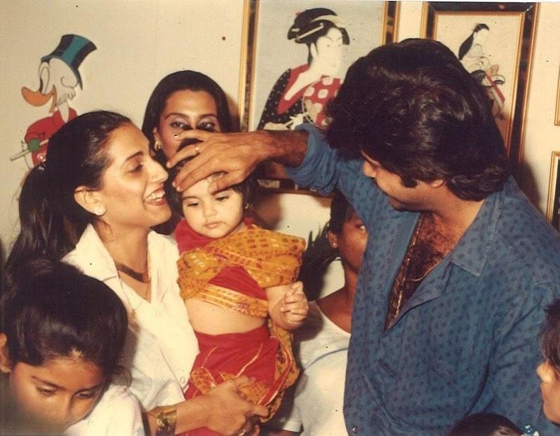 sonam kapoor childhood photo