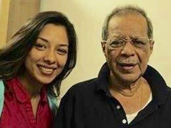 Rupali Ganguly With Father