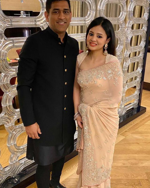 mahendra singh dhoni and sakshi