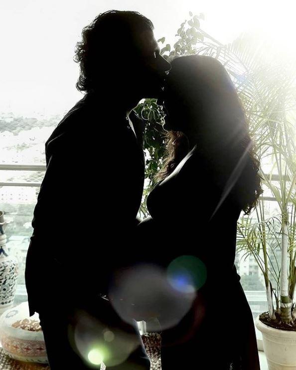 Neeti Mohan With Her Husband Nihaar Pandya