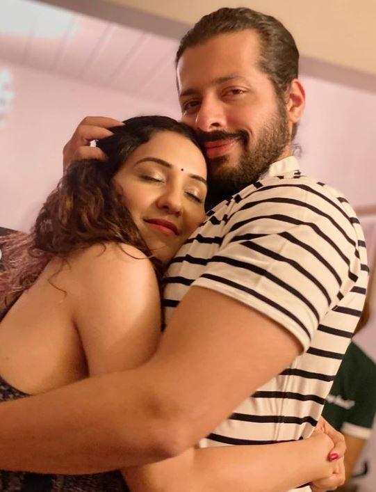 Neeti Mohan With Her Hubby Nihaar Pandya