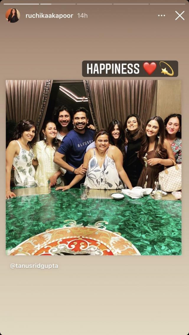 Ruchikaa Kapoor With Her Celebs Friends