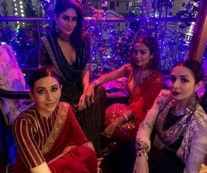 Kareena Kapoor With Karisma And Arora Sisters