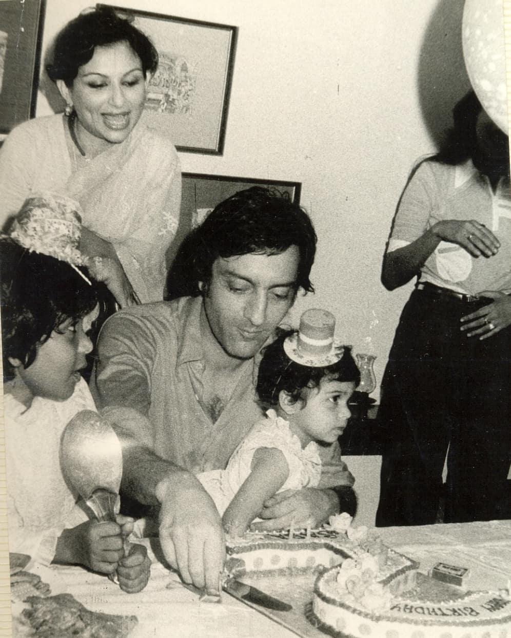 saba pataudi with father
