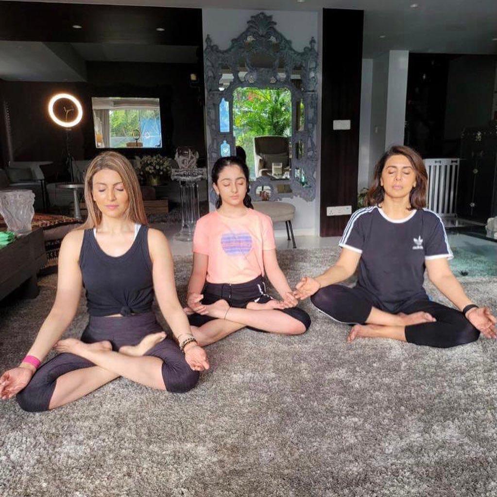 Neetu Kapoor On International Yoga Day