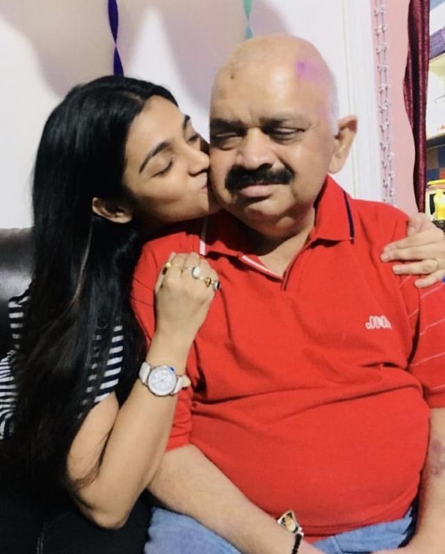 jyothsana channdola with father