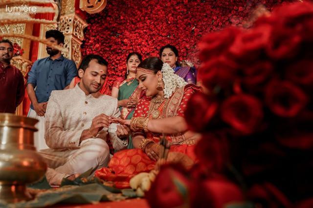 sabyachi bride