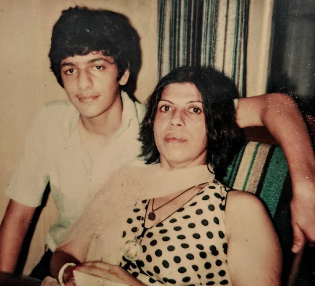 Chunky Pandey Mother Passed Away