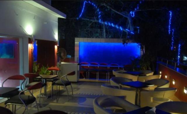 Suneil Shetty Restaurant