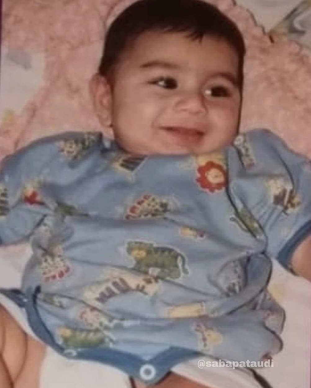ibrahim ali khan childhood photo