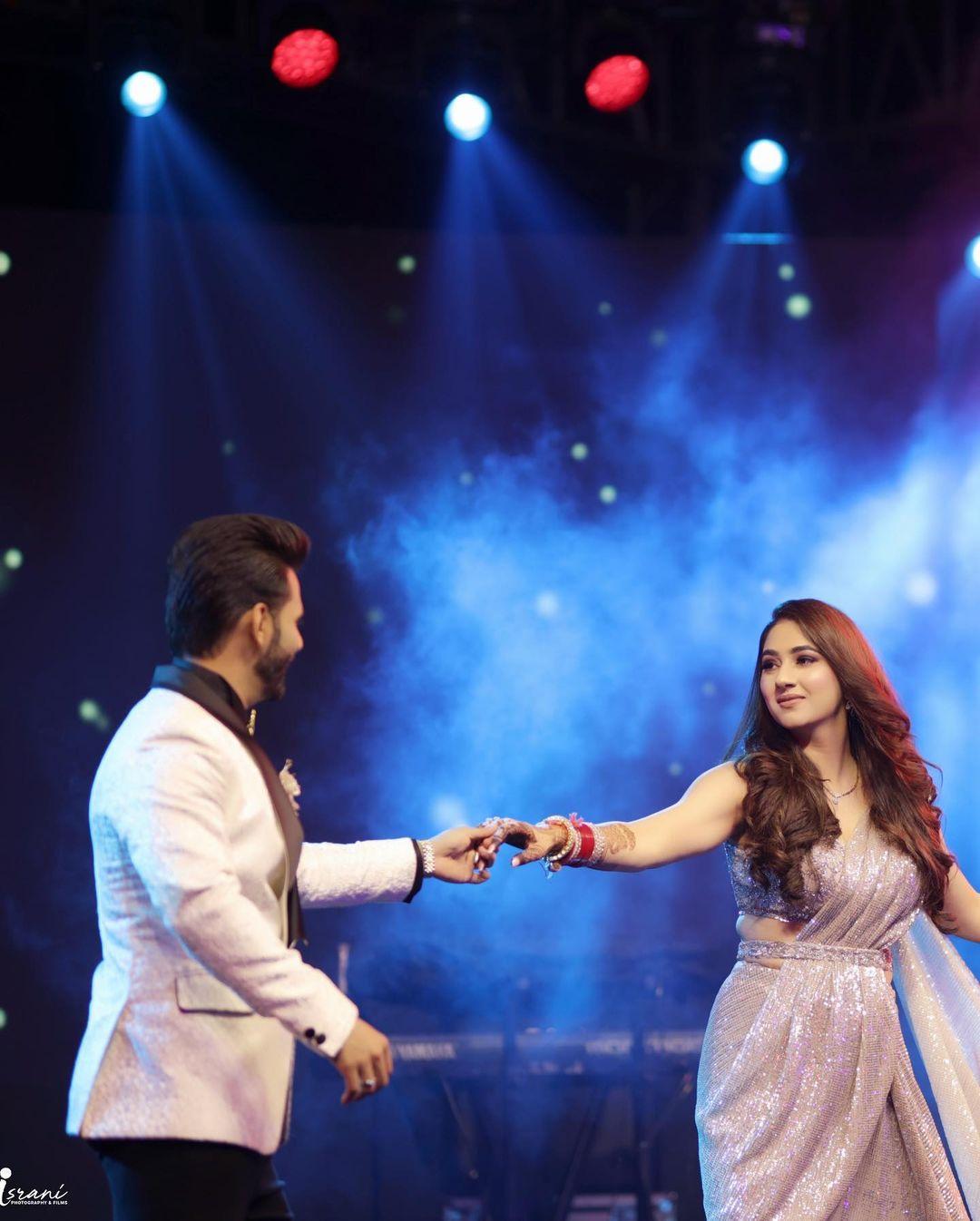 Disha Parmar And Rahul Vaidya Reception Photo