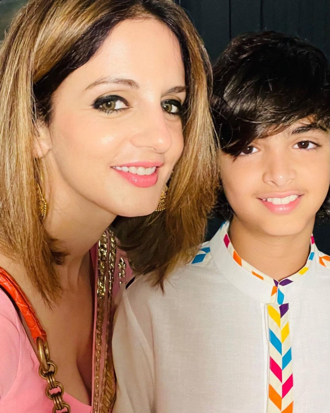 sussane khan with son