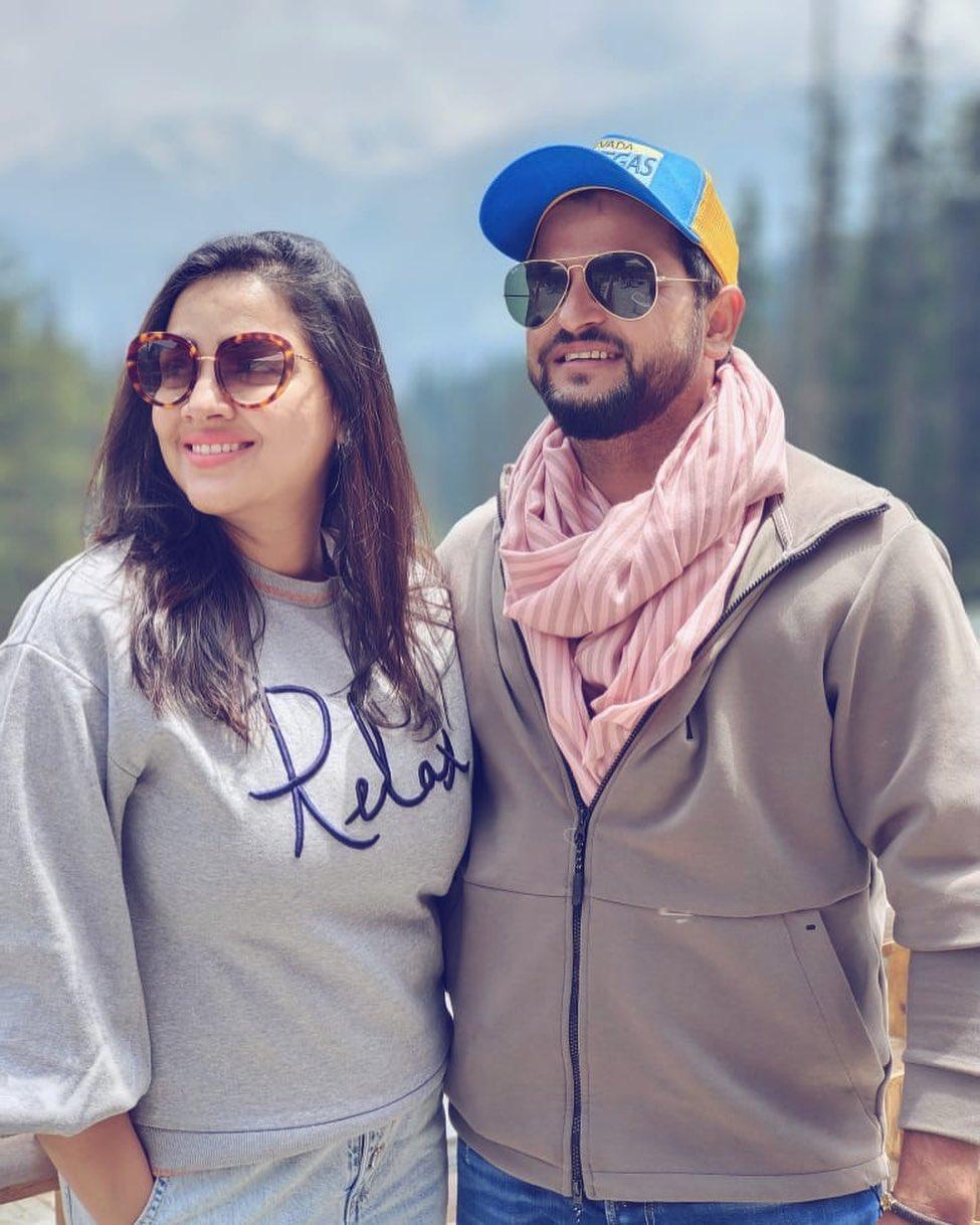 Suresh Raina With Wife Priyanka